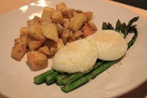 Poached-Eggs-Roasted-Asparagus-Thyme-Garlic-Potatoes-Side