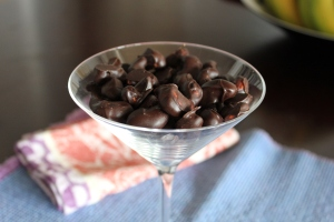 Chocolate-Covered-Cashews-Side